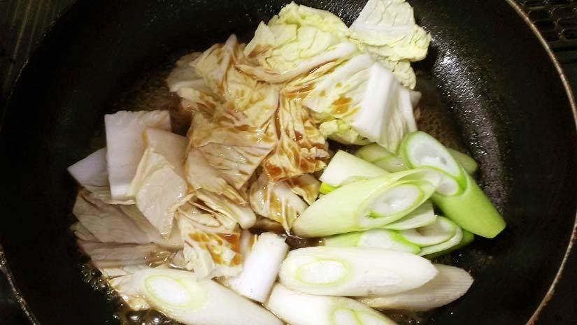 すき焼き 野菜に火を通す