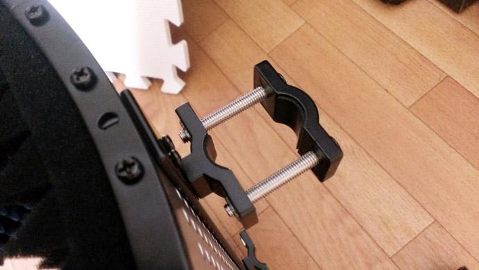 marantz Sound Shield 背面の固定器具 ネジを取り換えた