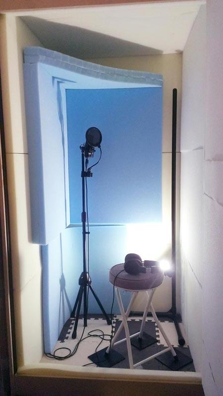 自作防音室内に吸音材(ウレタンフォーム)を追加