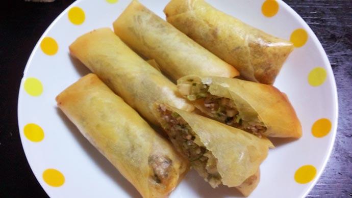 白菜と豚ひき肉とタケノコの春巻き