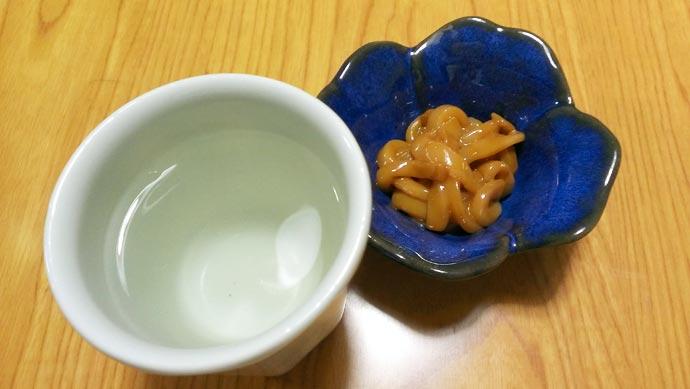 日本酒とイカの塩辛